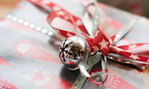 weihnachtsbaumaktiongeschenkecjd 4 small
